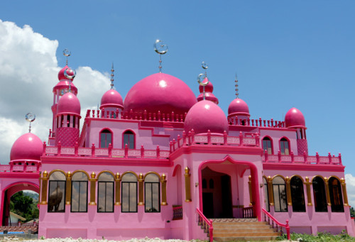 Pink-mosque-500x341