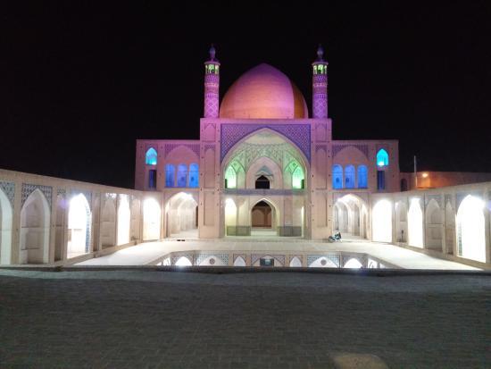 agha-bozorg-mosque